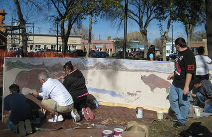 Attendees painted bison murals at the National Bison Day celebration in Las Vegas, NM. (Nov. 2012) <b>&copy;Wind River Ranch Foundation</b>